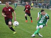 V posledním kole podzimní části krajského přeboru prohráli fotbalisté Tatranu Rousínov (zelené dresy) na domácím trávníku se Spartou Brno 1:2.