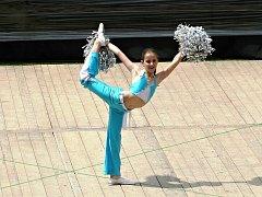 Patnáctiletá Eva Vlčková má už na kontě několik titulů mistryně republiky v mažoretkovém sportu.