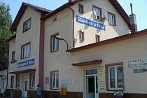 Vlakové nádraží ve Slavkově u Brna. Foto: Ladislav Černý