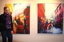 Vernisáží začala ve čtvrtek odpoledne výstava obrazů německé malířky Marisy Ivany Fily. Autorka přijela své obrazy představit návštěvníkům vernisáže osobně.