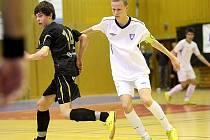 VÍTĚZ. Jan Homola (v bílém) dovedl tým Tango Brno U16 až k republikovému titulu. A  čtenáři si jej vybrali k online rozhovoru.