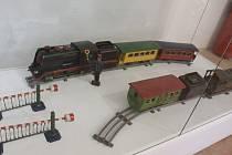 Jak se promítla průmyslová revoluce do podoby dětských hraček přibližuje výstava v Muzeu Vyškovska.