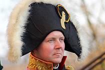 Dvě stě deset let uplynulo od doby, kdy ruský car Alexandr I. a rakouský císař František I. přenocovali v Bohdalicích. Oba panovníci už mají ve vesnici i pamětní desku, císaři ji odhalili právě v sobotu.