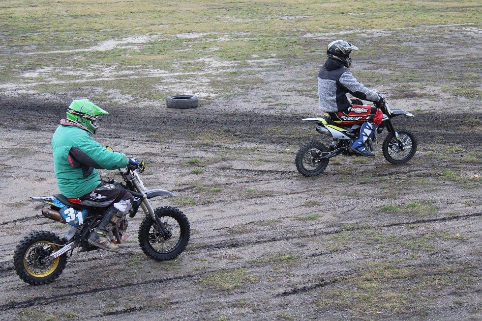 Ve Slavkově u Brna se uskutečnil 7. ročník závodů Zavírání šoupátek
