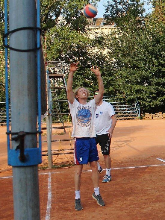 Náhrávač prvoligových volejbalistů Sokola Bučovice Kristián Červinka.
