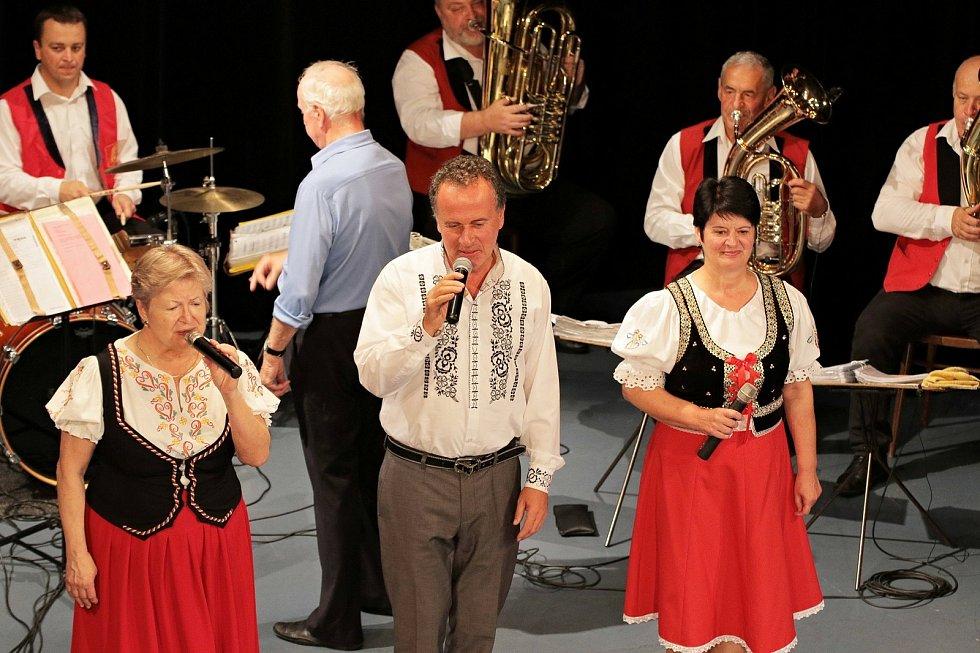 Besední dům ve Vyškově hostil koncert kapely Moravanka.