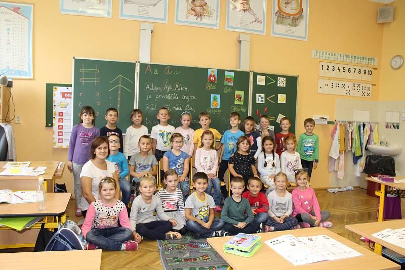 Děti v Základní škole Komenského.