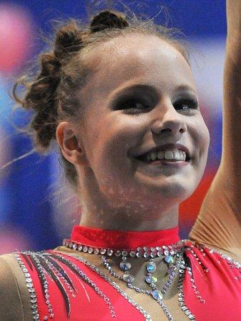 Moderní gymnastka Dana Suchomelová.