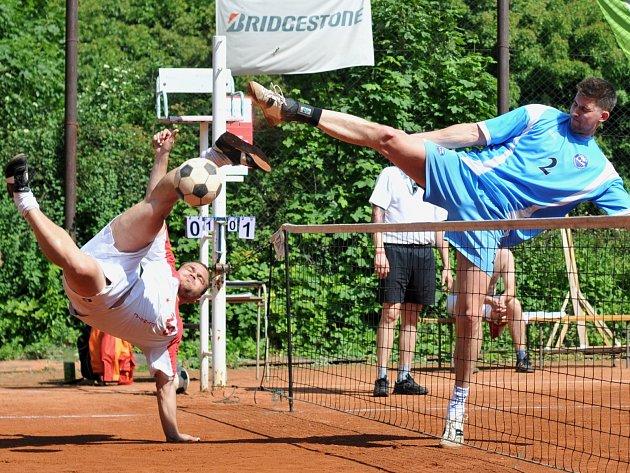 Nohejbalisté R.U.M. Holubice, vpravo Milan Konupka. Ilustrační foto.