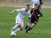 Ve 13. kole Moravskoslezské ligy porazili fotbalisté MFK Vyškov (bílé dresy) MFK Frýdek-Místek 2:1.