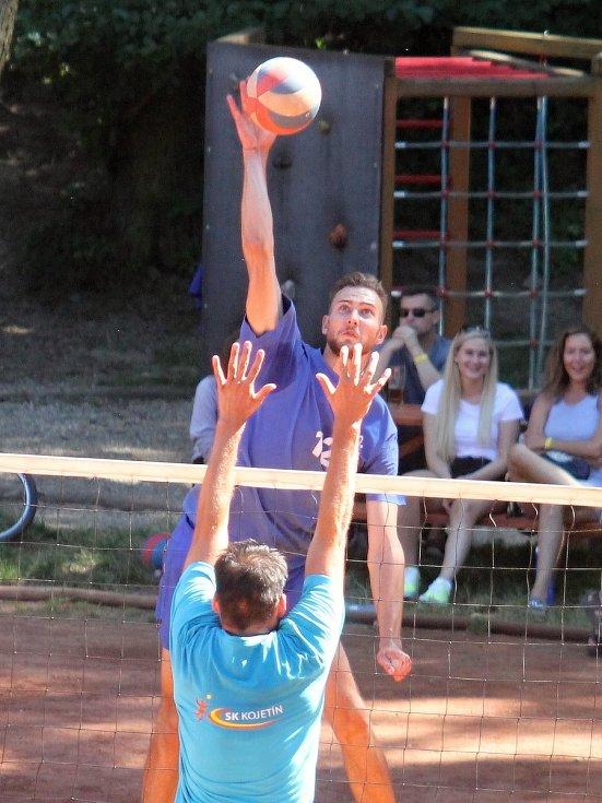 Druholigoví volejbalisté Holubic vyhráli 54. ročník  turnaje O pohár Lulče. Před extraligisty z Myjavy a Zlína.