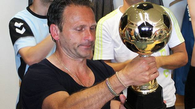 Asistent trenéra fotbalistů MFK Vyškov Machálka a ikona vyškovského fotbalu Valdemar Horváth.