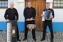Tříčlenná kapela z Kozlan zaznamenala v posledních dvou letech velký vzrůst popularity.