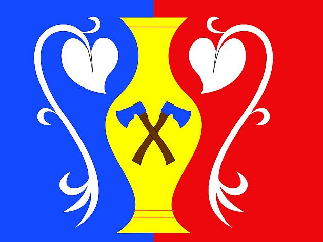 Nová vlajka Mouřínova.