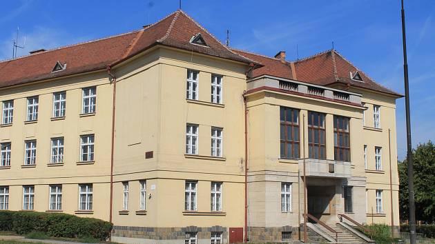 Budova bývalého okresního úřadu ve Vyškově. Ilustrační foto.