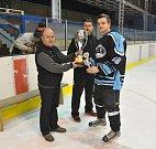 Osm týmů složených z odchovanců vyškovského hokeje odehrálo 3. ročník Memoriálu Emila Pilouška ve Vyškově.