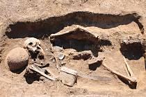 Před necelým rokem objevili archeologové kostru německého vojáka při stavbě ve vyškovské průmyslové zóně.