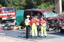 Nehoda na dálnici D1 nedaleko Komořan si ve čtvrtek vyžádala pět životů.