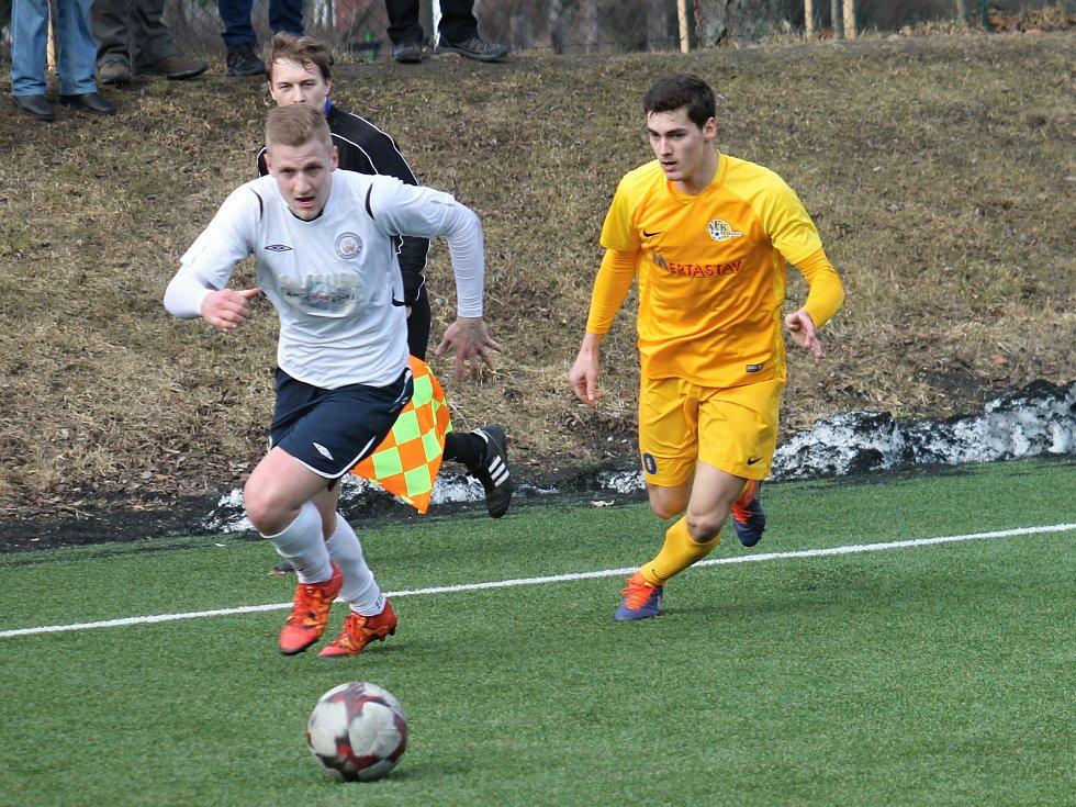 V utkání zimní přípravy porazil třetiligový MFK Vyškov na svém umělém trávníku lídra divize AFK Tišnov 2:1.