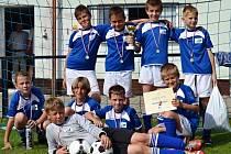 Nejlepší fotbalové přípravky okresu hrály o přeborníka v Drnovicích a velký turnaj v Šaraticích.