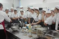 Pro všechny žáky byla přednáška s ochutnávkou velmi inspirující, někteří si ihned brali recepty na přípravu hmyzu domů.
