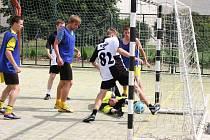 Až penaltový rozstřel rozhodl o vítězi 6. ročníku Letního Orel cupu futsalistů ve Vyškově. Po remíze 2:2 vyhrál tým Autosklo-Hleďa nad Amorem 8:7.
