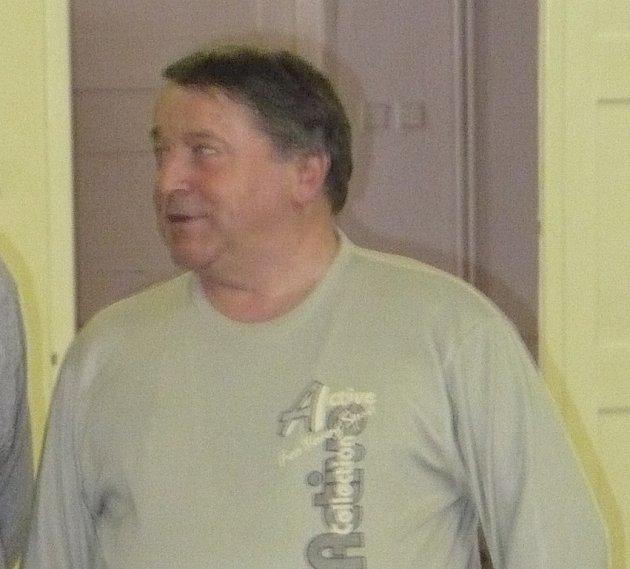 Stanislav Vémola