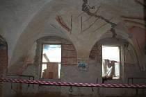 Rekonstrukce Greplova domu ve Vyškově má být hotová do konce září.
