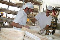 V Rašnerově pekárně ve Vyškově používají na pečení starou recepturu.