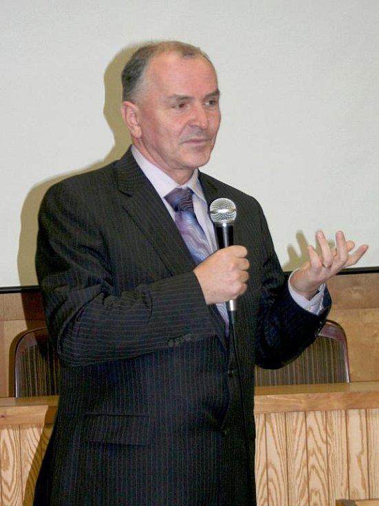 Stanislav Juránek na slavnostním otevření vyškovského Senior Pointu.