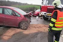 Nehoda dvou osobních aut na 215. kilometru dálnice D1 směrem na Brno.