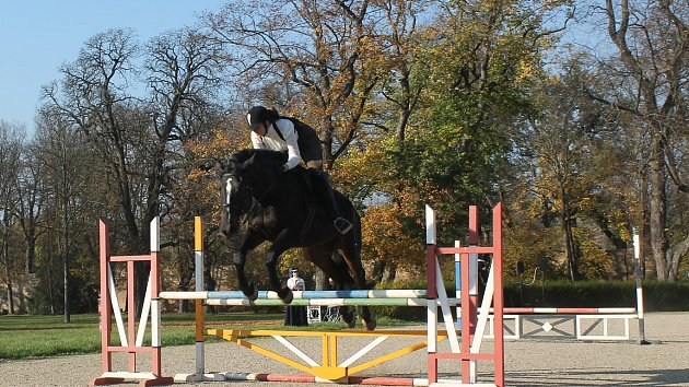 Hubertova jízda v v zámeckém parku ve Slavkově u Brna