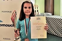Jedenáctiletá Kristýna Dorazilová získala bronzovou medaili na šachovém mistrovství ČR.