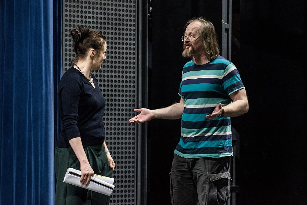 Ze zkoušek inscenace Doktorka v divadle Reduta, na které aktuálně pracují herci Činohry Národního divadla Brno.