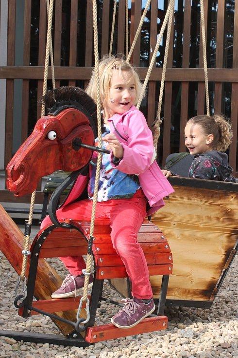 Lidé se bavili ve vyškovském Zoo parku. Oslavili půlstoletí od jeho založení.