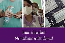 Budoucí zdravotní sestry pomáhají v nemocnici.