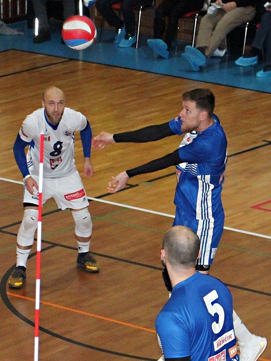 V utkání I. ligy volejbalistů porazil Sokol Bučovice  VK Benátky nad Jizerou 3:1.
