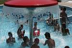 Tropická vedra lze nejlépe přečkat u vody.