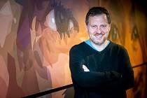 Vyškovský producent Radim Procházka veze do kina ve Vyškově Michala Horáčka.