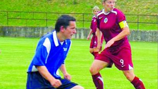 Smolnou sezonu ukončili kučerovští fotbalisté vítězstvím 3:1 v exhibičním utkání.