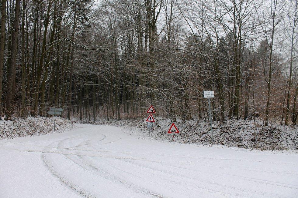 Nad novoročním ránem Vyškovsko pokryl sníh.