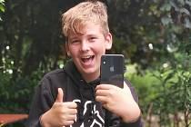 Dvanáctiletý Tomáš Trnečka ze Švábenic uspěl vedle tisíců studentů pod osmnáct let z celého Česka.