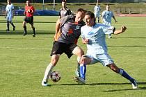V utkání moravskoslezské fotbalové divize MFK Vyškov porazil FC Vracov 1:0 brankou Richarda Dostálka z pokutového kopu. 0:0.