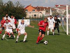 Slovan Ivanovice na Hané (v červeném)