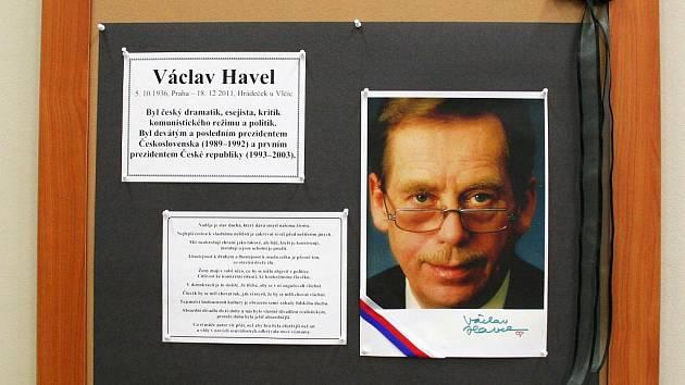 Ke vzpomínce na Václava Havla se připojila i vyškovská knihovna.
