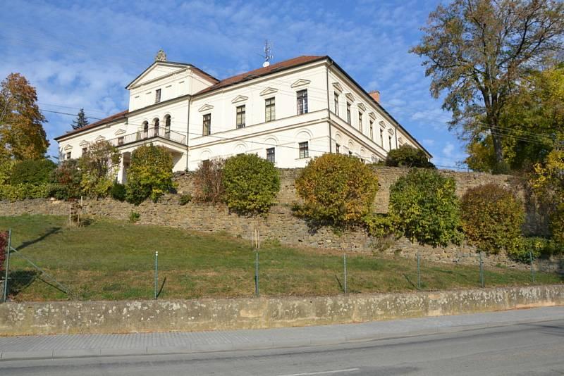 Zámek v Habrovanech.