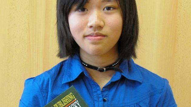 Sedmačka Bui Phuong Anh vyniká hlavně v němčině. Před týdnem se umístila druhá v celostátním kole olympiády německého jazyka v kategorii určené pro žáky osmých a devátých tříd.