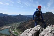 Horolezec Michael Bébar.