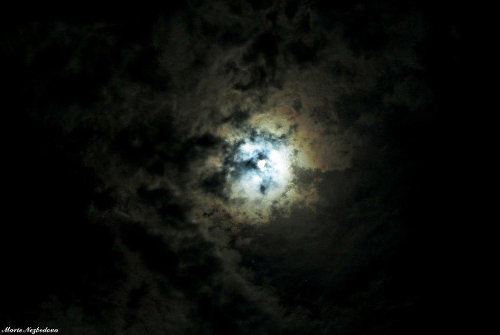 Pozorování částečného zatmění Slunce si užili lidé v regionu 10. června.