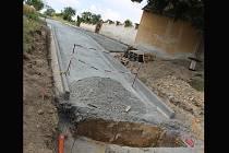 Loni se dočkala opravy i cesta vedoucí k letonickému hřbitovu.